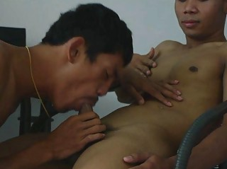 Gay Doctor Gets Drilled Bareback By His Patient