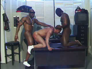 Interracial gays threesome