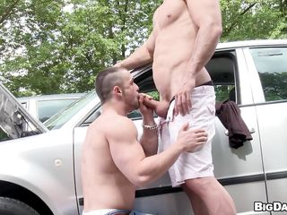 While driving, Franc noticed a hunky man whose car seems to be stalling in the centre of the street. Lending a helping hand, this guy came over to inspect the machine which this guy was able to fix in the end. To thank him, the hairless guy permitted him to give a blow on his hard ramrod and even let him swallow!
