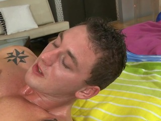 Deep anal spanking with cute homosexual lad and hunk